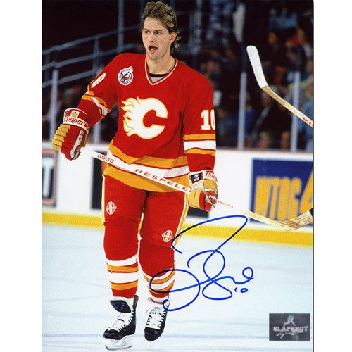 Gary Roberts Autographed Photo-Calgary Flames Hockey 8x10 Photo