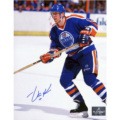 Jari Kurri Edmonton Oilers Autographed Game Action 8x10 Photo