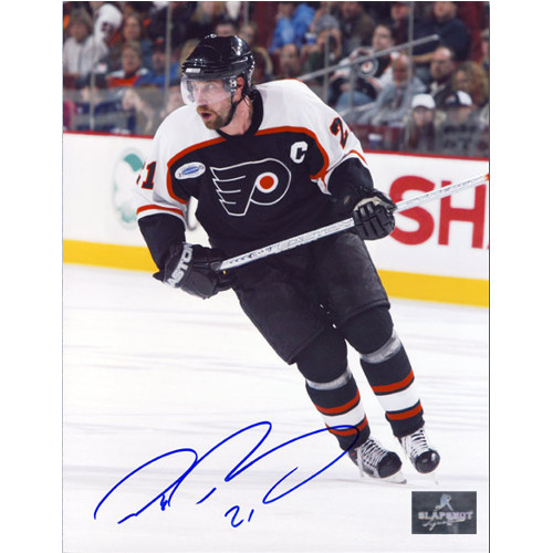 Peter Forsberg Signed Photo Philadelphia Flyers Action 8x10