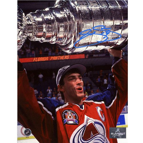 Joe Sakic Autographed Colorado Avalanche 1996 Stanley Cup 8x10 Photo