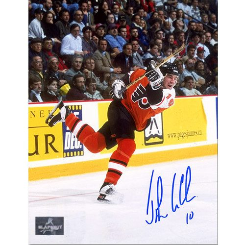 John LeClair Signed Philadelphia Flyers Action 8x10 Photo