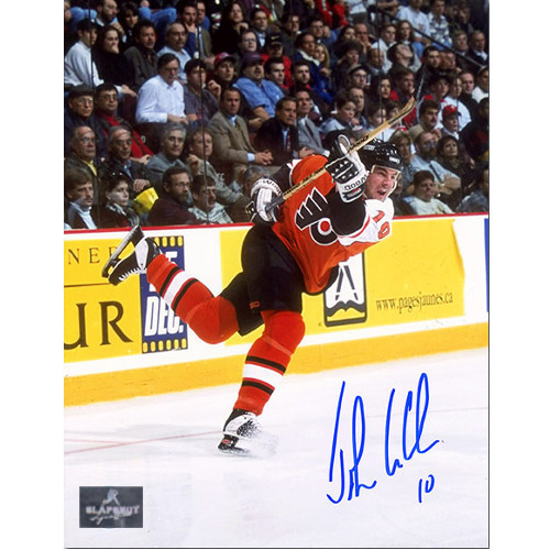 John LeClair Signed Philadelphia Flyers Action 8x10 Photo