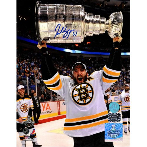 Patrice Bergeron Boston Bruins Signed 8x10 2011 Stanley Cup Photo