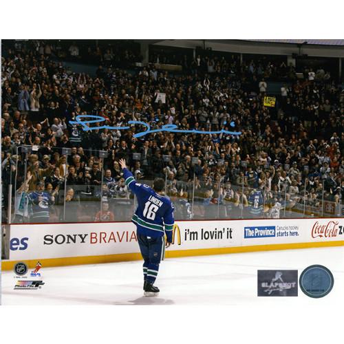 Trevor Linden Last Game Signed Farewell Wave 8x10 Photo-Vancouver Canucks