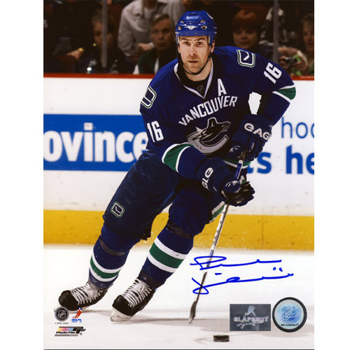 Trevor Linden Vancouver Canucks Autographed Final Season Action 8x10 Photo