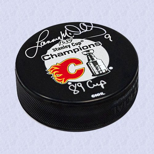 Lanny McDonald Calgary Flames Signed 1989 Stanley Cup Hockey Puck with Cup Note