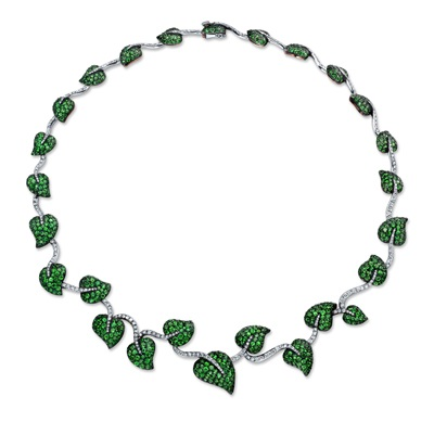 824 Tsavorites 21.47 carats; 278 round diamonds 2.25 carats; in antiqued sterling silver, 18K yellow gold and platinum setting. Contact Us About Our Nature Collection of White Gold and Diamond Necklaces for Women Contact the Martin Katz Team at 310-276-7200 about our Nature Collection of white gold and diamond necklaces for women. Our team helps you with a personalized consultation at our celebrity diamond jewelry store. We also offer private consultations to try on our luxury diamond jewelry pieces.
