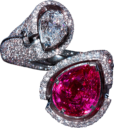 "Title «Pink Queen» the ring received for its ""royal"" diamond design. This ring is for a real queen!"
