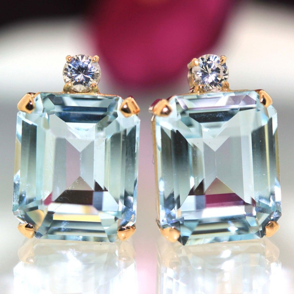 14k Yellow gold natural Emerald cut Aquamarine & VVS Diamond stud earrings 12.44 ctw.