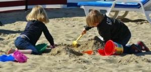 children-playing-329234_1280