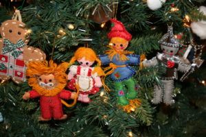 wizard of oz felt ornaments