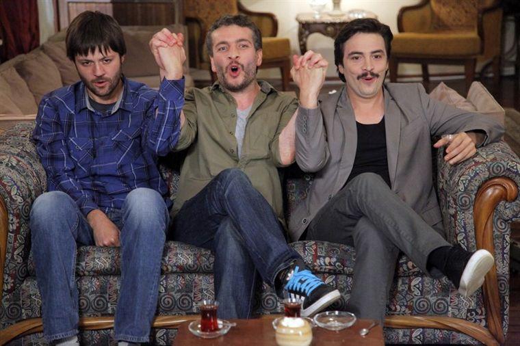 İşler Güçler Dizi Oyuncuları Sadi Celil Cengiz, Murat Cemcir, Ahmet Kural