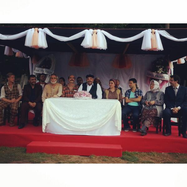 Düğün Dernek Filminden İlk Karaler