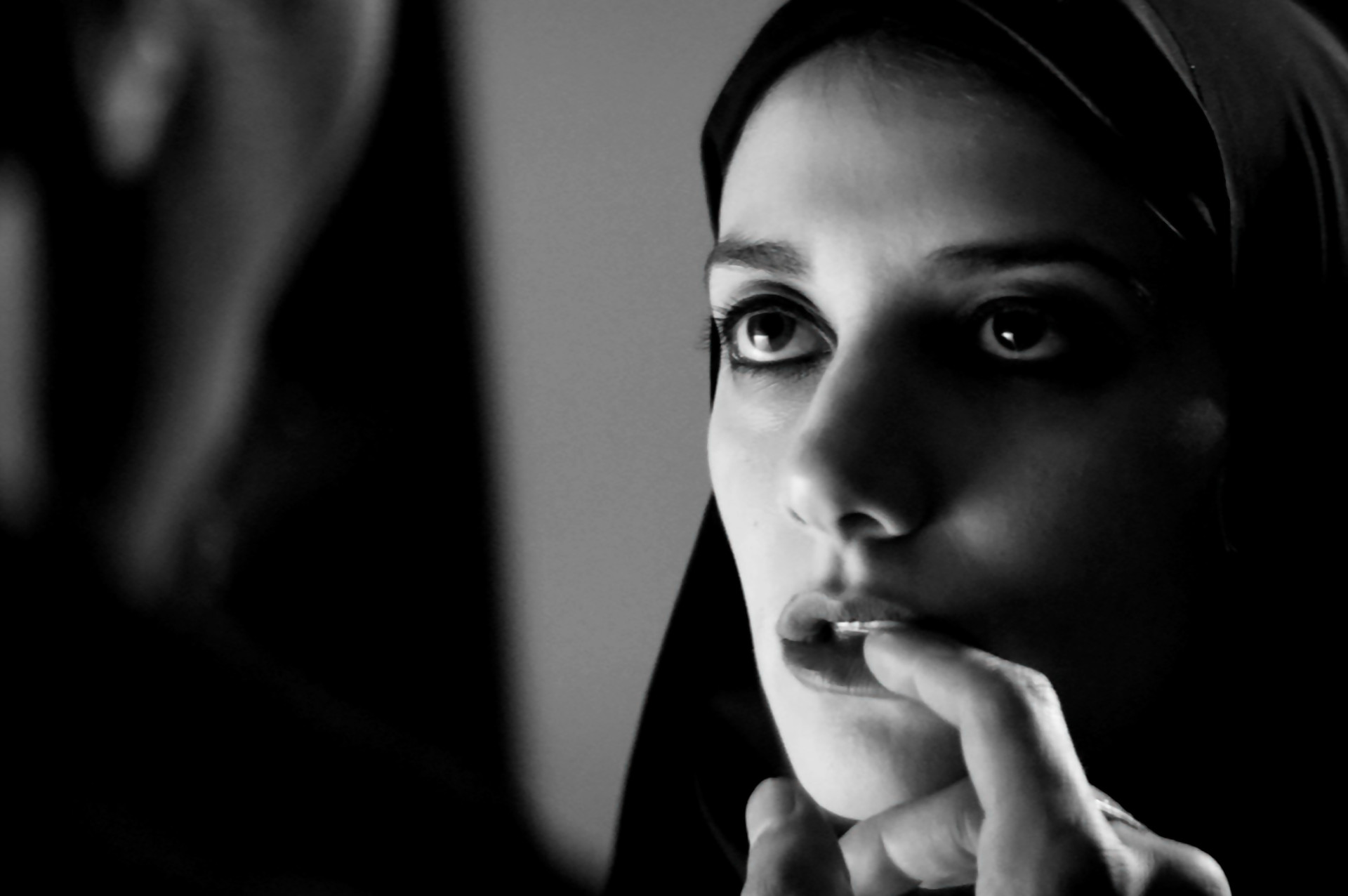 İran'ın İlk Vampir Filmi A Girl Walks Home Alone At Night