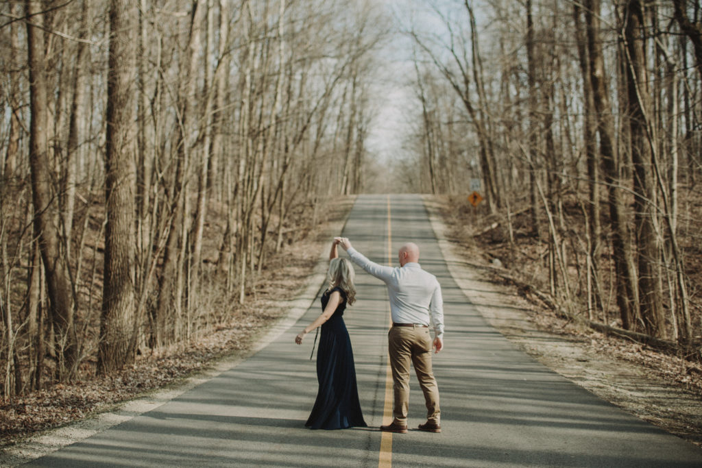 outdoor engagement photos