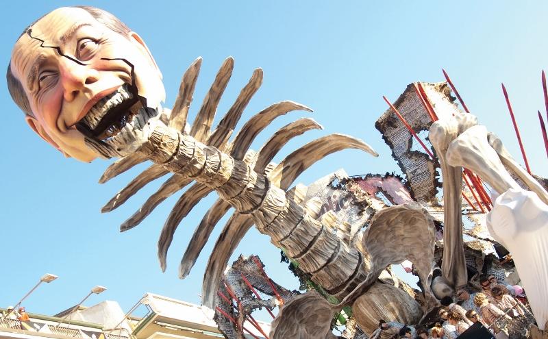 karnaval Viareggio (800x495)