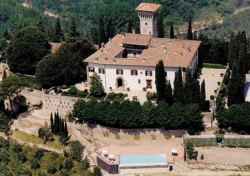 CASTELLO_VICCHIOMAGGIO (800x564)