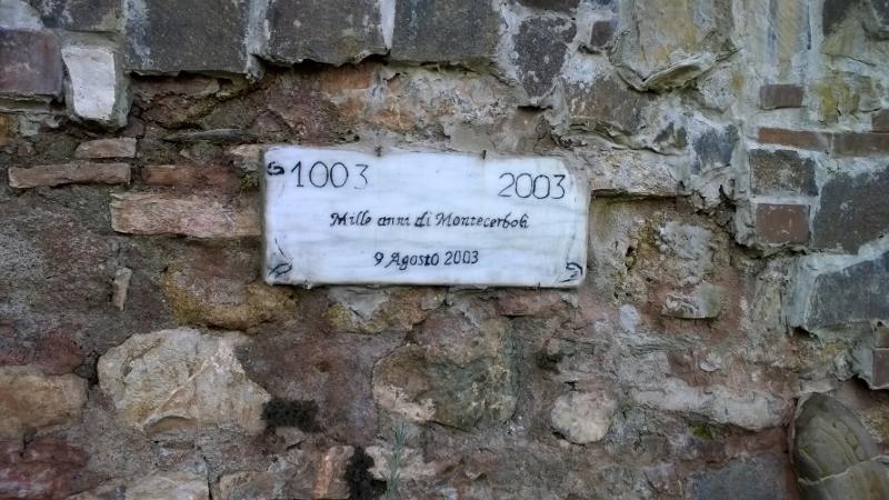 gedenkteken ter ere van het 1000 jarige bestaan