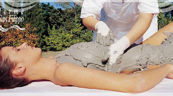 Genieten van een behandeling in de Terme di San Filippo