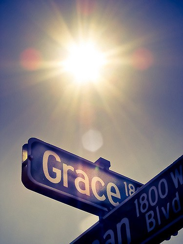 10 REASONS WHY WE SHOULD BE PEOPLE OF GRACE