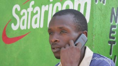Photo of Kenyans Feast On Safaricom's Expensive Data And Call Plan After Technical Hitch