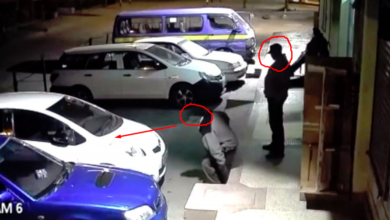 Photo of Night Camera Shows How Security Guards Are Helping Thieves Steal Cars From Parking Lots