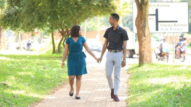 Photo of 20 Romantic Phrases Timid Men Can Use To Win Tough Girls On WhatsApp