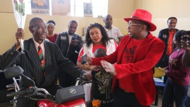 Photo of Governor Sonko Rewards Kakamega Cyclist Who Traveled 4 Days To Attend Moi's Burial