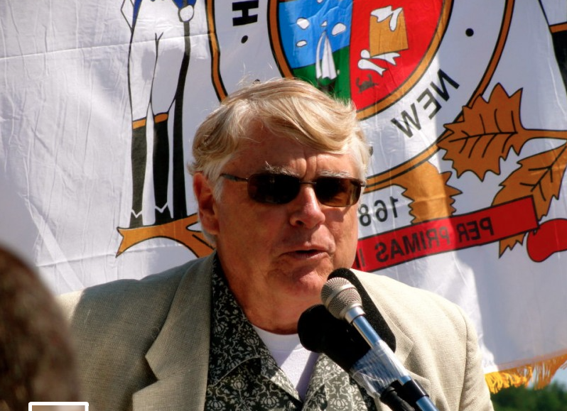 Rumson Mayor John Ekdahl gives a speech at the 2012 opening of the Oceanic Bridge. Photo/Elaine Van Develde