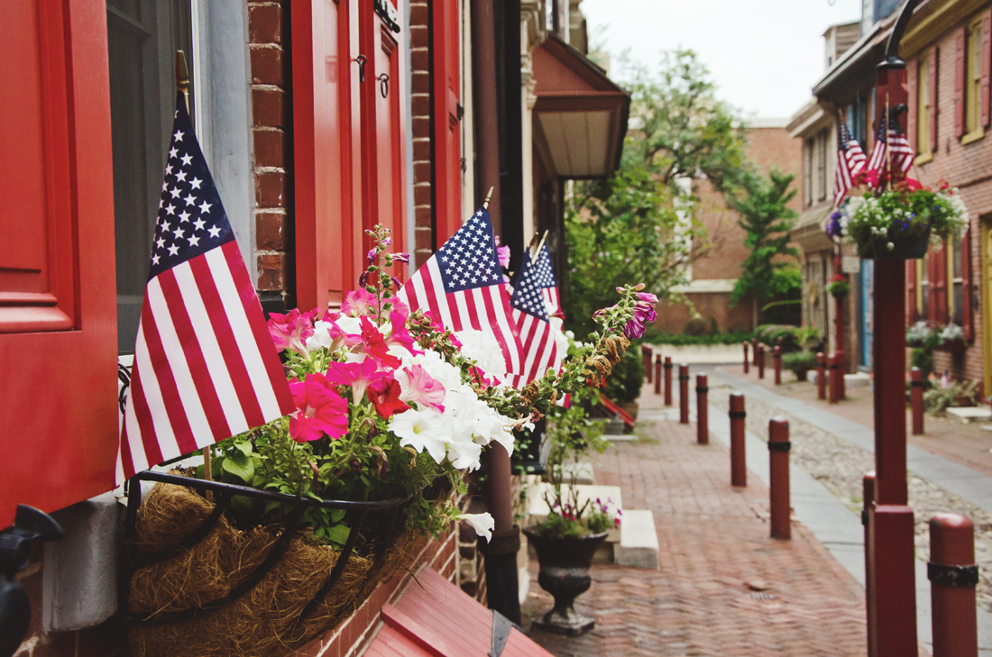 American flags on Elfreth