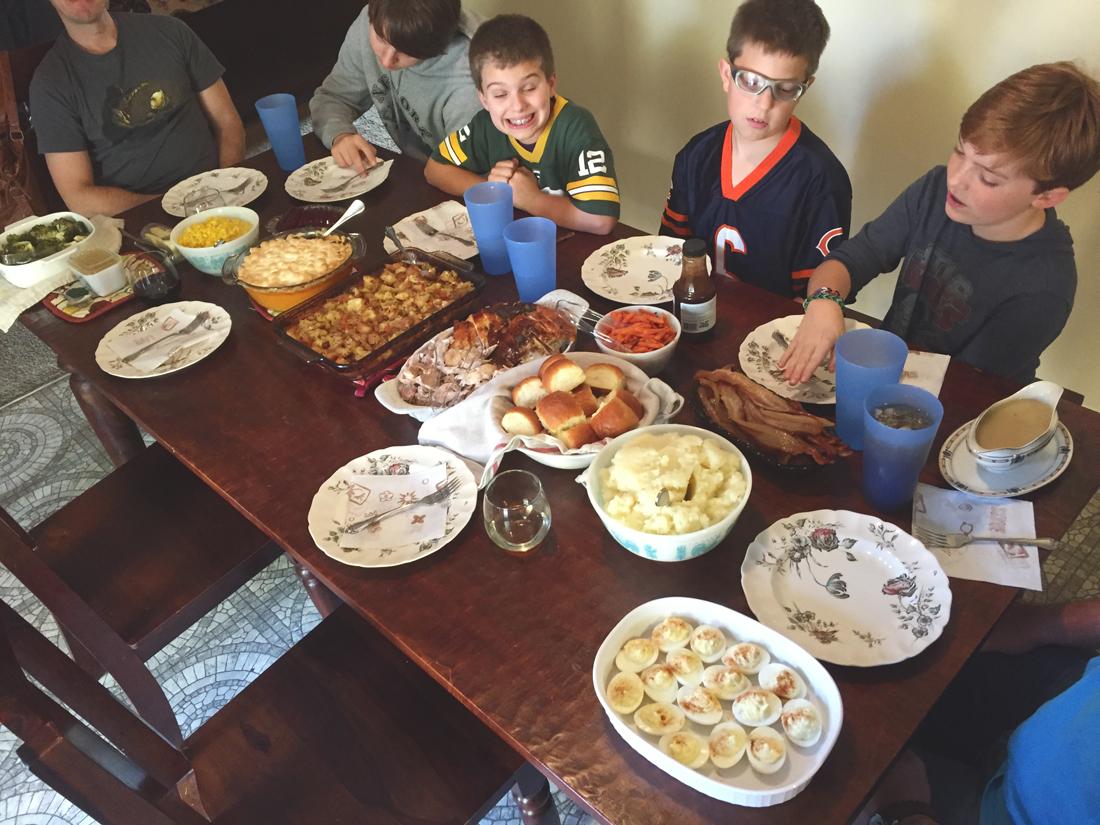 thanksgiving-dinner-2016