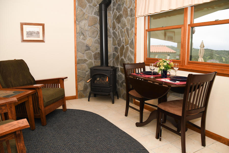 Inn at the Pinnacles Guest Suite | Luxury Bed and Breakfast Inn