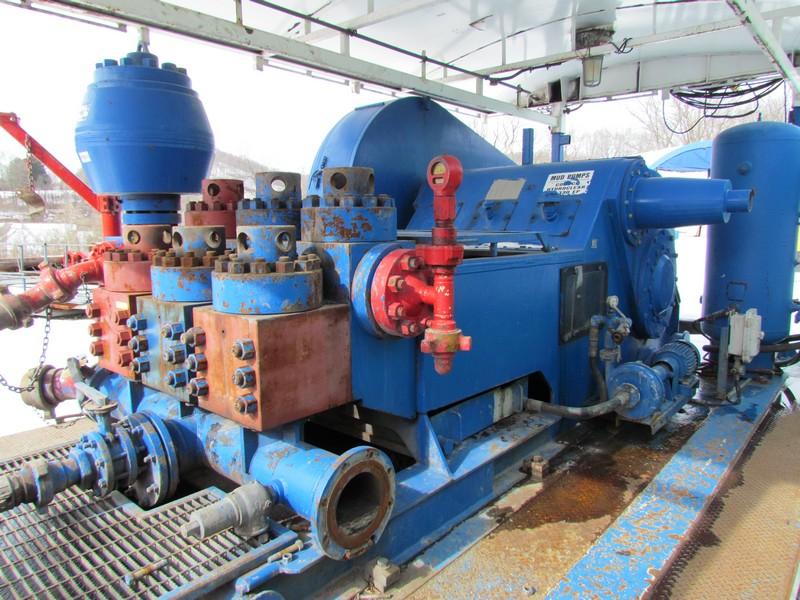 (1 of 7) N.O.V. 9-P-100 Triplex Mud Pumps - YD3