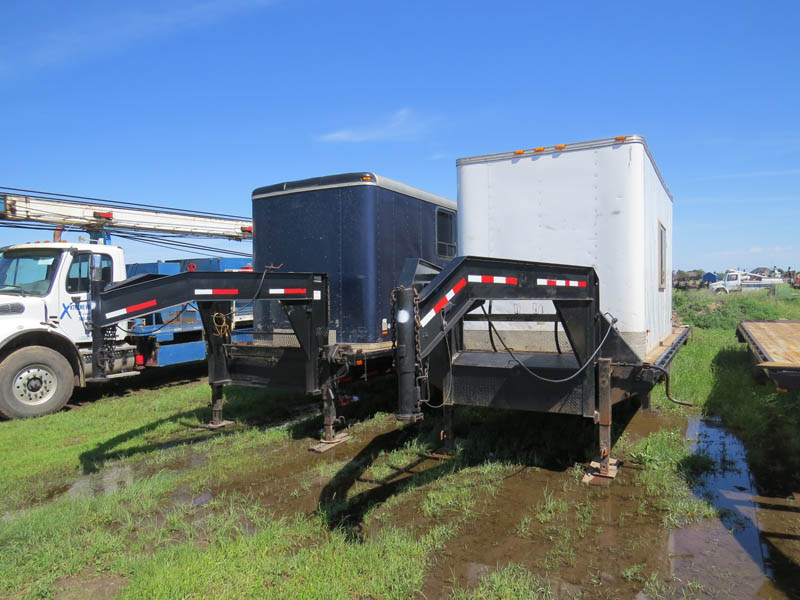 Crew House Trailers – DY1 YD10