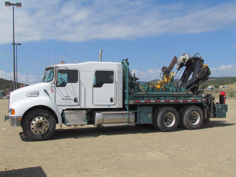 '05 KENWORTH Coil Tubing Crane Truck