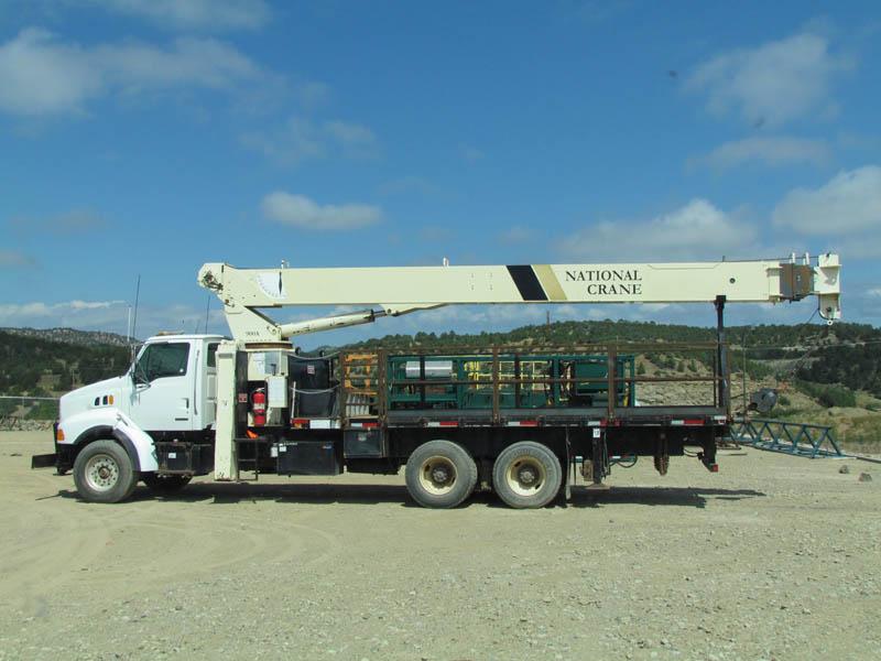 NAT'L 900A Crane Boom Truck