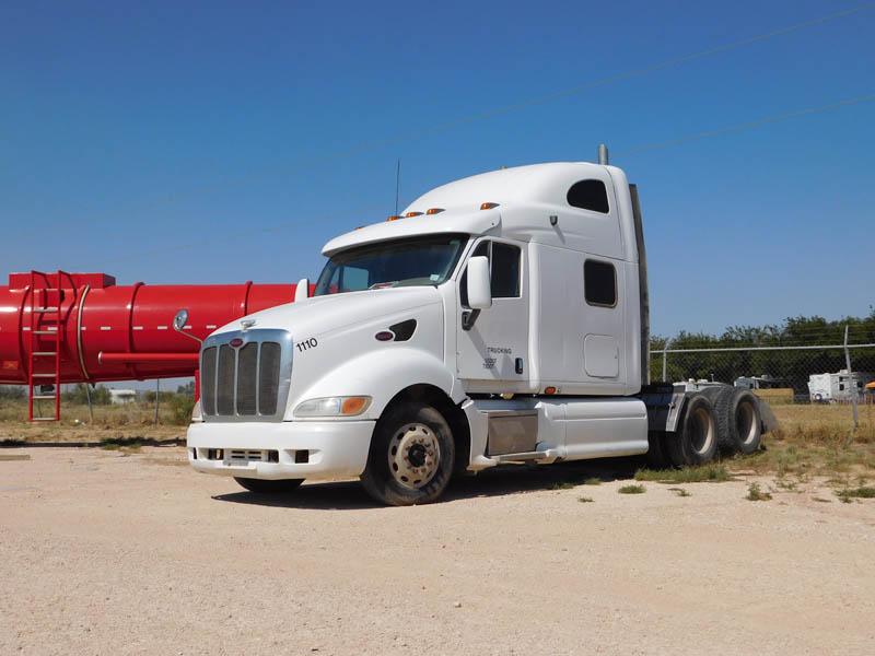 '06 PETE 387 Haul Truck w/Sleeper – DY1 YD1
