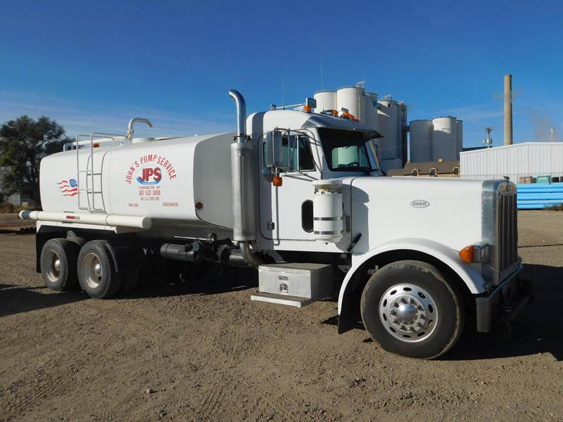 '99 PETE 4,000-Gal Water Truck