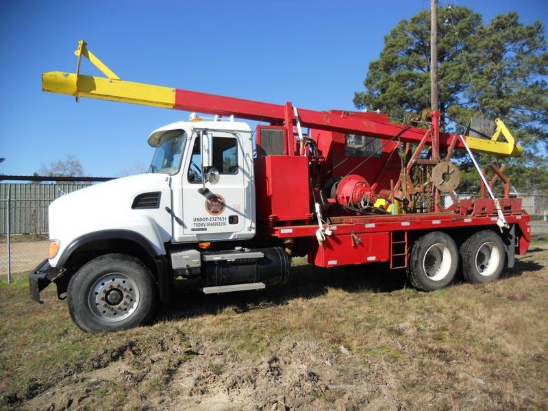 MACK CV-713 Laydown Truck – DY1 YD7