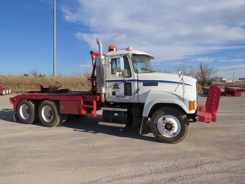 '05 MACK CHN-613 Winch Truck – DY1 YD1