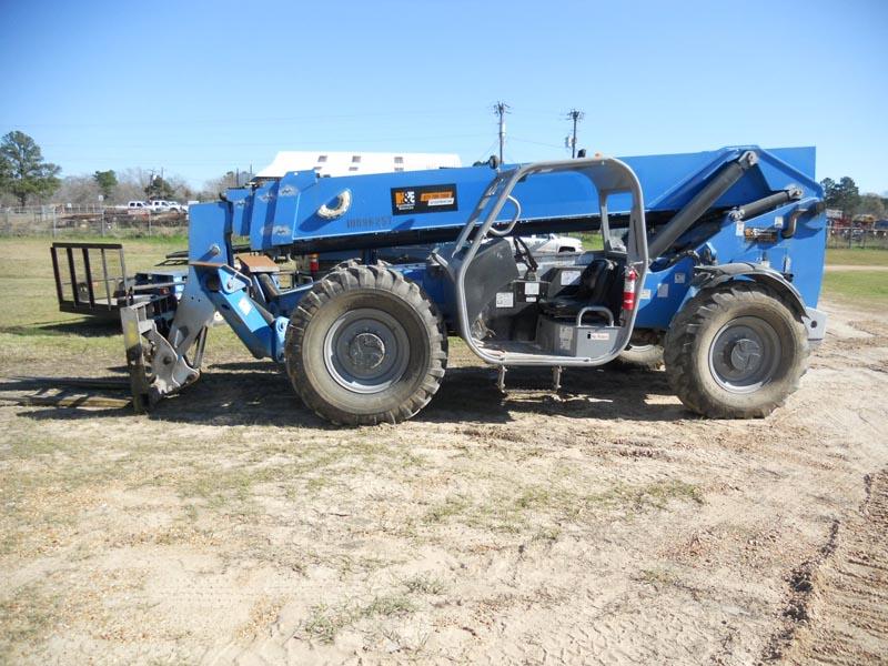 GENIE GTH-1056 10,000# Telescopic Forklift – DY1 YD7
