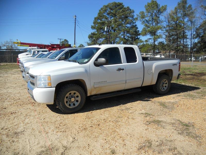 Pickup Trucks – DY1 YD7