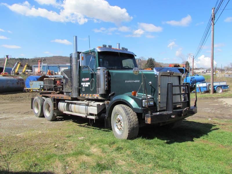 2006 WESTERN STAR Winch Tractor – YD2