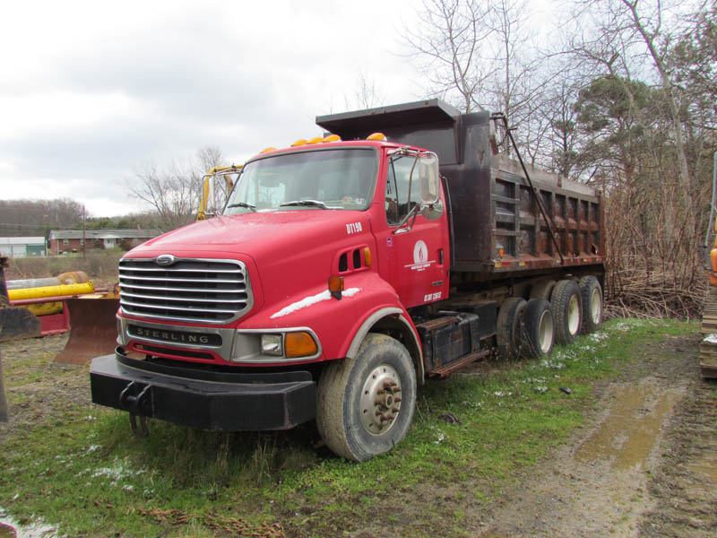 2000 STERLING Dump Truck – YD2
