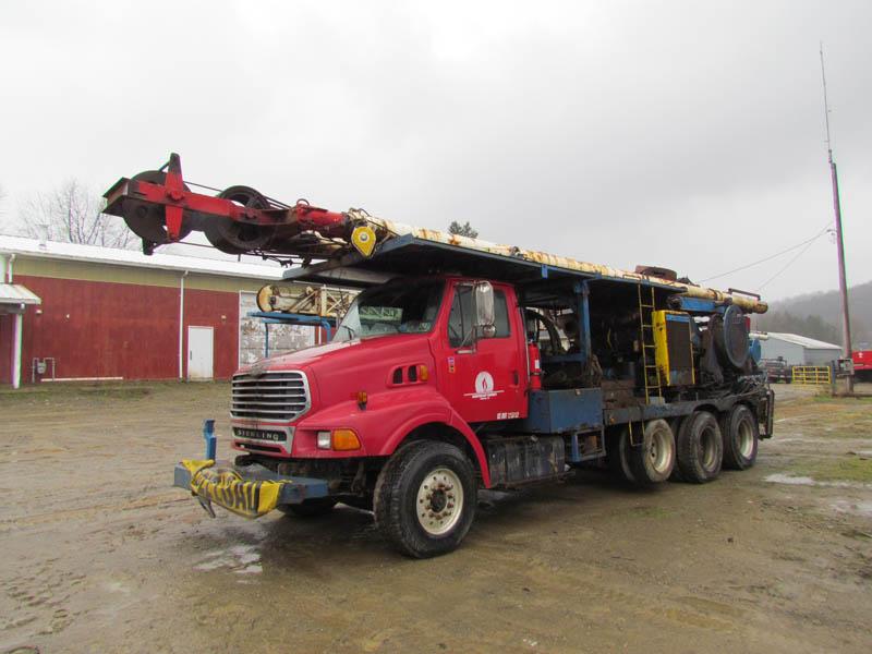 WALKER-NEER 32A D/D Well Service Rig – YD1