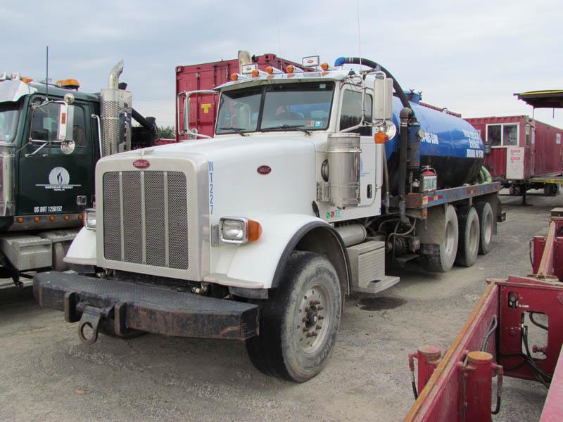 2008 PETE 100-Bbl Vacuum Truck – YD2