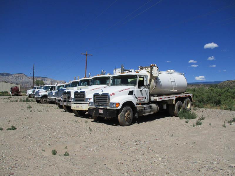 Bobtail Vacuum Trucks – DY1 YD9