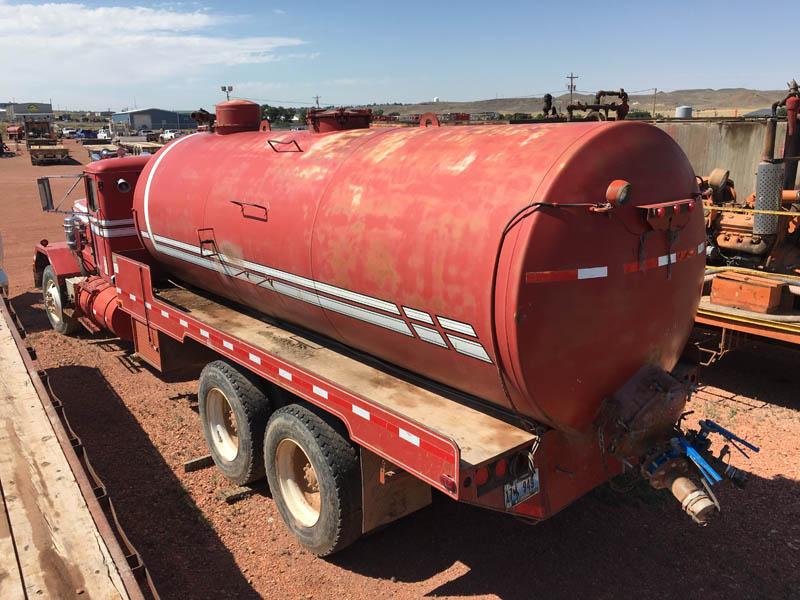 90-Bbl Bobtail Vacuum Truck – YD5