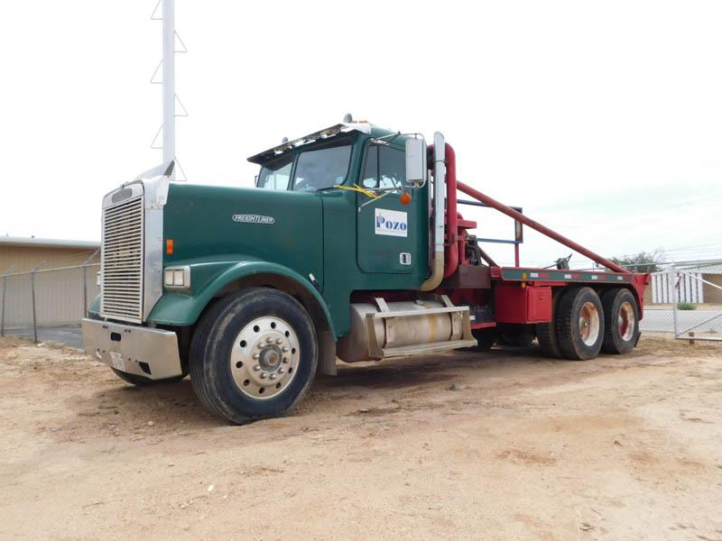 '85 FREIGHTLINER Gin Truck – YD3