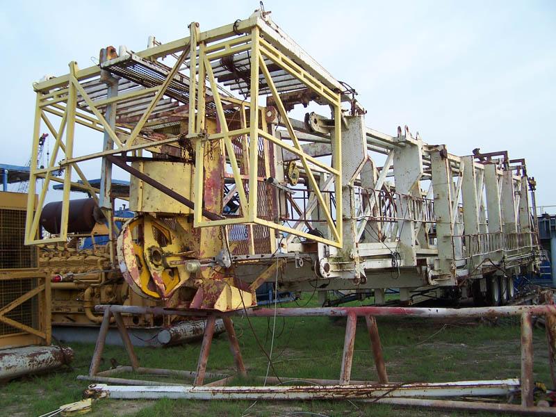 CABOT 127'H -715,000# SHL Mast – DY2 YD3